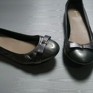Cole Haan silver ballet shoes 10